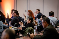 Attendees-clapping-event-room-562-GEOLAC_SANTIAGO